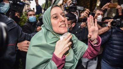 Escándalo en Italia por las amenazas e insultos a una cooperante liberada tras 18 meses de secuestro