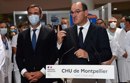 El Gobierno francés empieza a asumir que muchos contagios se están produciendo en el trabajo