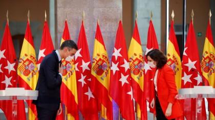 Madrid hace caso omiso a las recomendaciones de Sanidad en medio de un cruce de acusaciones