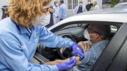 Las personas de entre 50 y 59 años y grupos vulnerables recibirán la vacuna unidosis de Janssen
