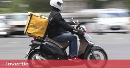 Glovo y Deliveroo dejarán de repartir en ciudades pequeñas de España tras la puesta en marcha de la Ley Rider