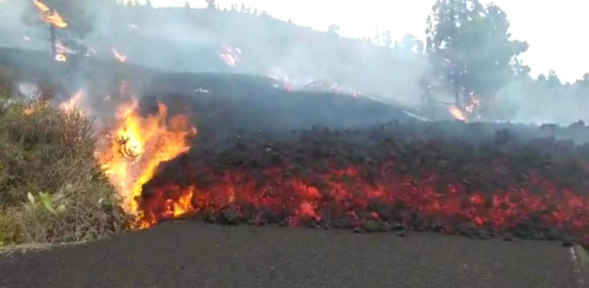 Así corre la lava en la isla de La Palma